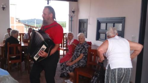 gyongyossolymosi nyugdíjas klub 04