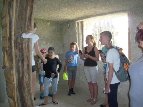 10. Utolsó délelőtt látogatás a barlanglakásoknál 2