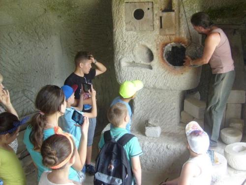 11. Utolsó délelőtt látogatás a barlanglakásoknál 3