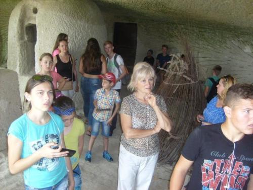 12. Utolsó délelőtt látogatás a barlanglakásoknál 4